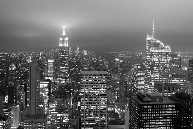 Quand la ville éclaire les nuages