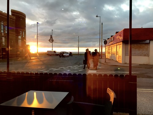 Machlud / Sunset - C Fresh Fish & Chips, Foxhall