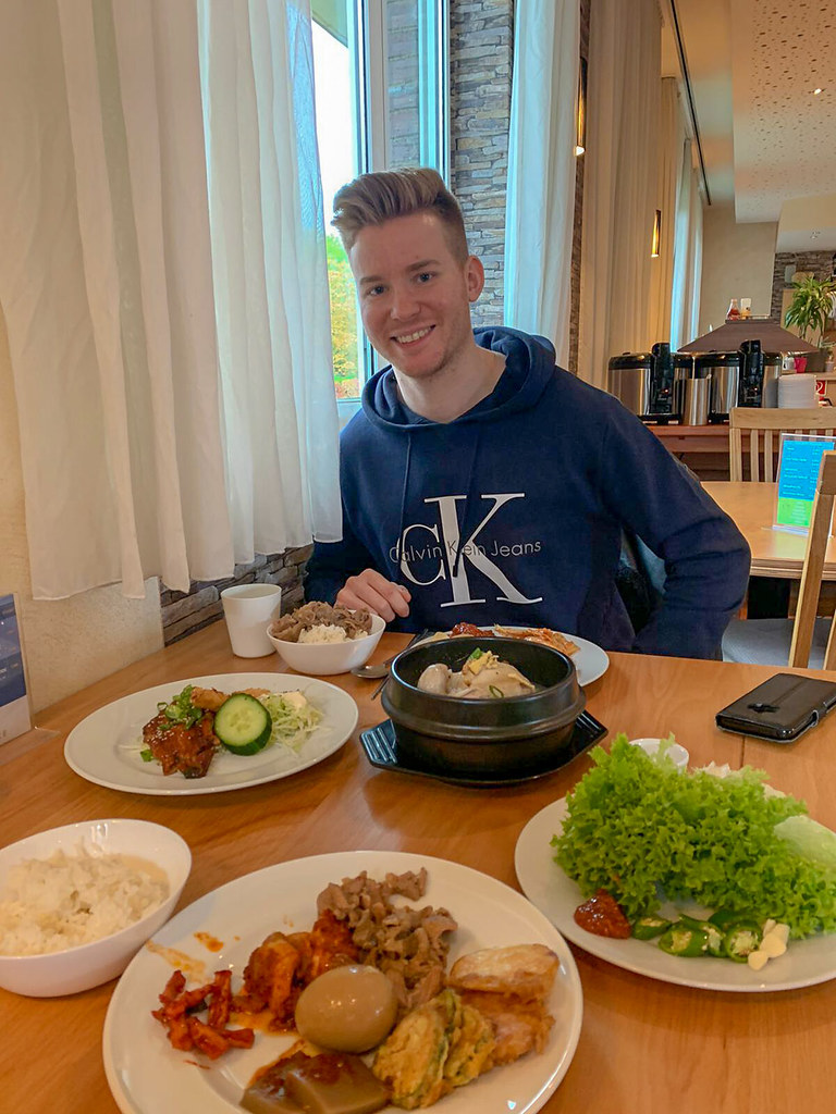 Matthias beim Essen
