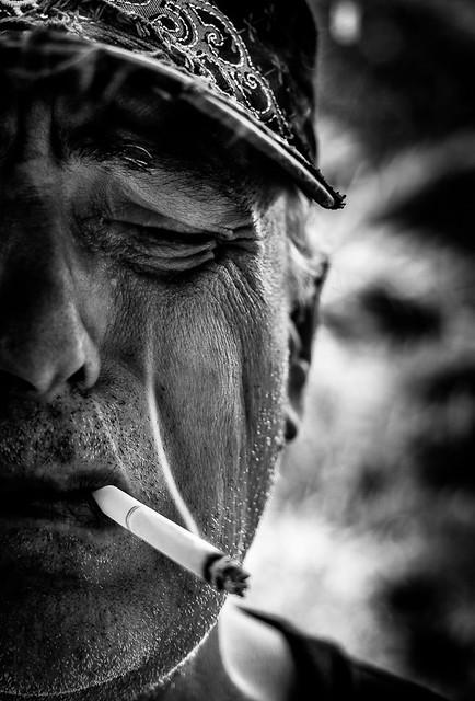 Tristesse en fumée