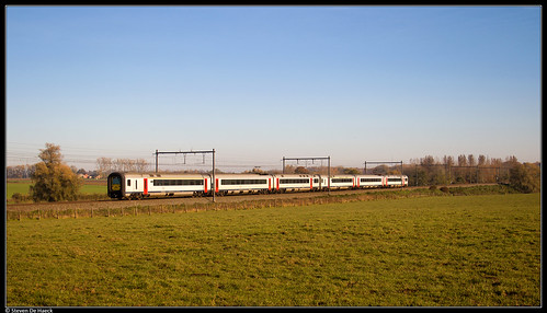 NMBS 468 + 444 @ Bierghes