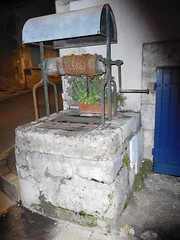 Water well in Sancerre - Photo of Pouilly-sur-Loire
