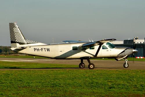 PH-FTW Cessna 208B cn 208B0906 Skydive ENPC 191110 Seppe 1002