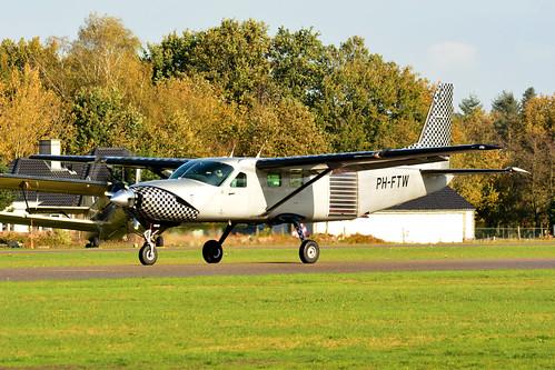 PH-FTW Cessna 208B cn 208B0906 Skydive ENPC 191109 Seppe 1001