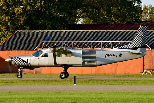 PH-FTW Cessna 208B cn 208B0906 Skydive ENPC 191110 Seppe 1005
