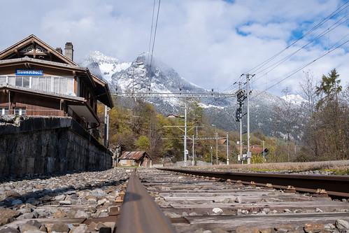 Avant que le train passe...
