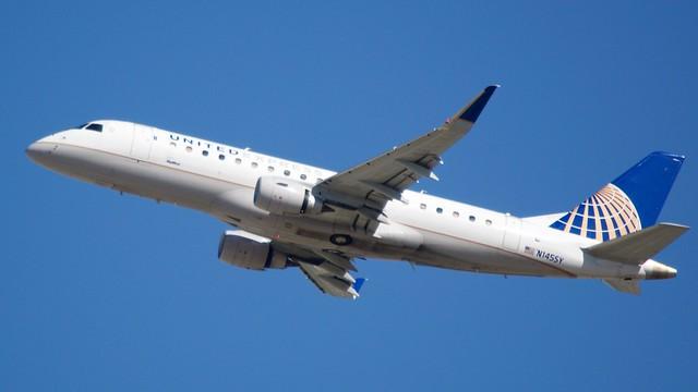 United Airlines / Skywest Embraer EM 175 N145SY DSC_0229