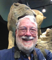 Selfie with Saber Tooth Cat statue IMG_3678