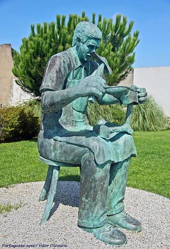Monumento ao Sapateiro - São João da Madeira - Portugal 🇵🇹