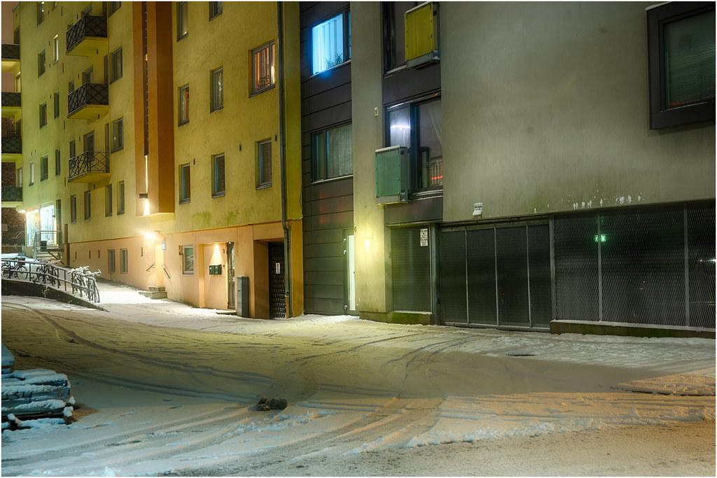 November. Gatelangs. near Axelbrottet