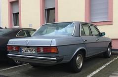 Mercedes-Benz 300 D (W123)
