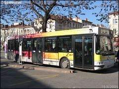 Irisbus Agora S – Vienne Mobilités (Transdev) / L'va (Lignes de Vienne et Agglomération) n°66