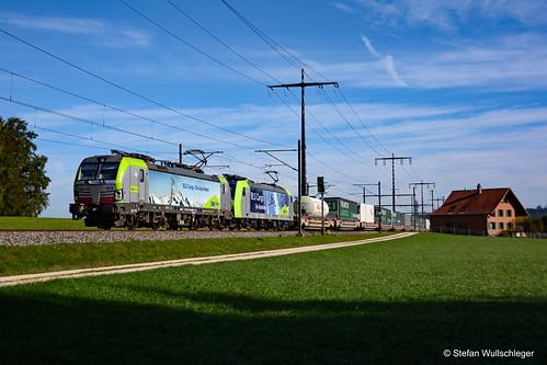 BLS Cargo Re 475 413-1 & Re 485 011-1