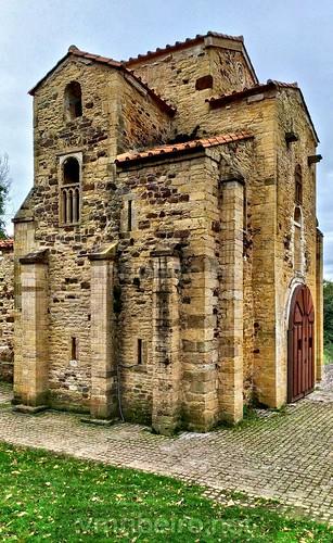 Igreja de São Miguel de Lillo