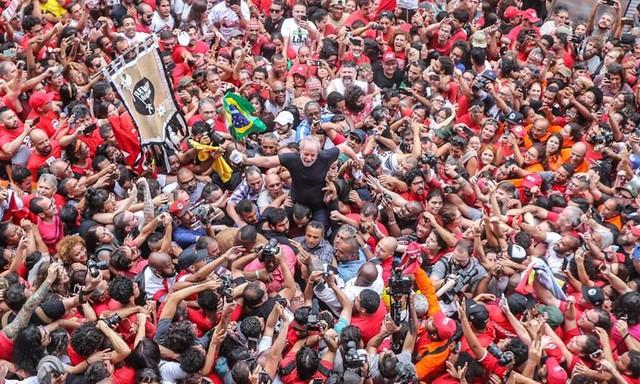 Lula continua sendo o maior nome da esquerda brasileira e ninguém conseguiu sequer ameaçar o título na sua ausência - Créditos: Ricardo Stuckert