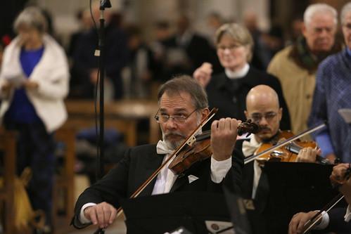 The orchestra Antonio Salieri plays the Nunc Dimittis