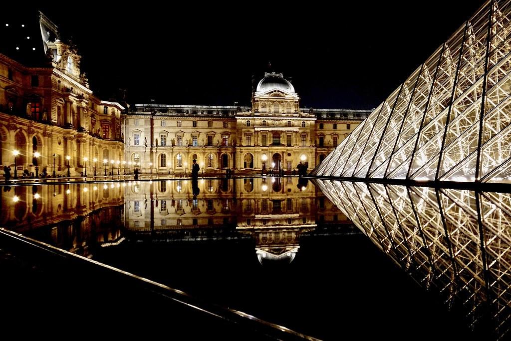 Louvre @ night