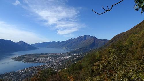 Ausblick vom Monti di Lego auf Locarno und Ascona am Lago Maggiore