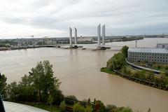 Walking Tour of Bordeaux
