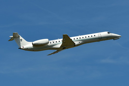 S5-ACJ Emb145LU cn 135 Aero4m 180627 Brussel-Zaventem