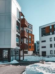 white-concrete-high-rise-building-2119714