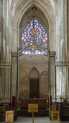 Rosace principale de la cathédrale Saint-Étienne - Auxerre