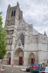 Façade de la cathédrale Saint-Étienne - Auxerre