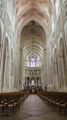 Nef de la cathédrale Saint-Étienne - Auxerre
