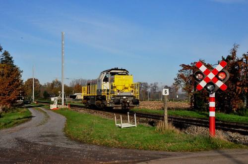 Elektrificatie Mol-Hasselt diesellijn 15 hier tussen Mol en Leopoldsburg