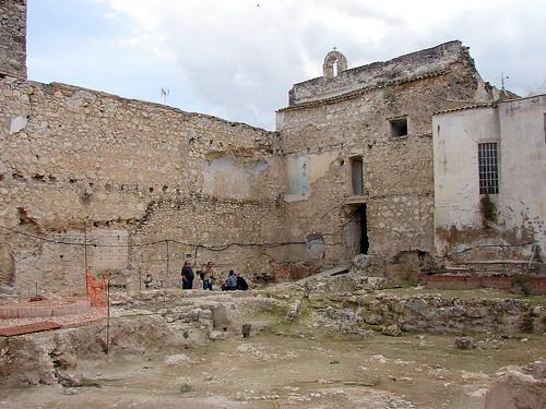 Castillo de Doña Mencía patio 280