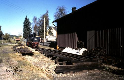 DE-08237 Rothenkirchen Bahnhof Dampflok 99 516 (Hartmann 1779/1892) Sächsische IV K im Oktober 1991