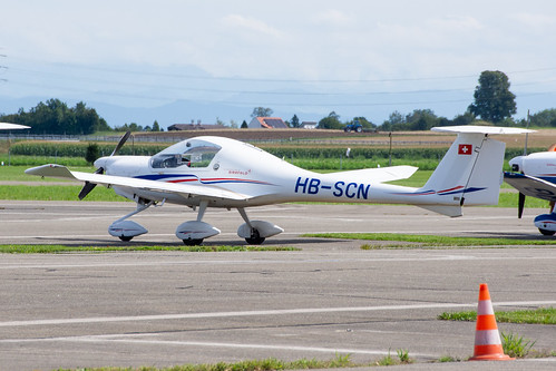Fliegerschule Birrfeld HOAC DV20 HB-SCN
