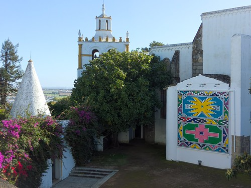 View over the courtyard of the Palacio Cadaval, with a mural by South African artist, Gladys Mahlangu