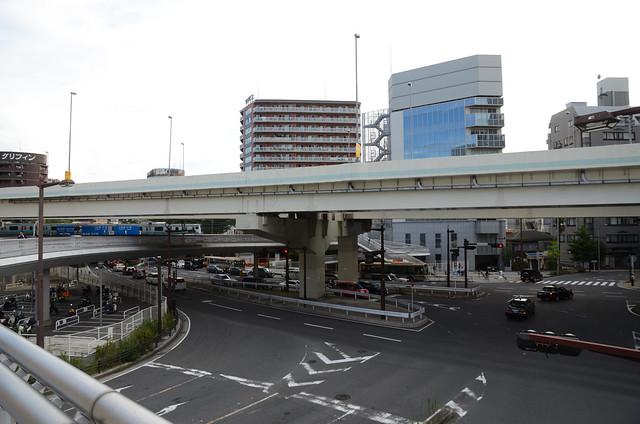 Photo:Shutoko K1 and Route 1 at the South of Yokohama Station 6 By ykanazawa1999