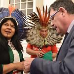 19-11-2019 Delegació brasilera amb  Sonia Guajajara