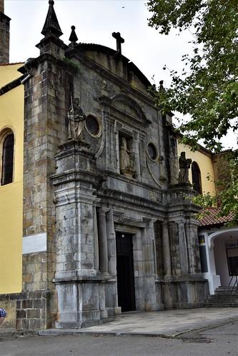 Iglesia de San Pedro (Limpias, Cantabria, España, 26-9-2019)