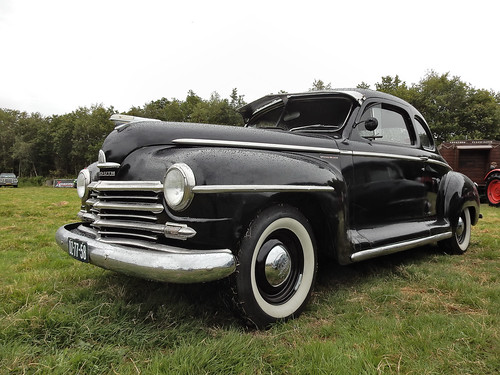 Plymouth Special DeLuxe Business Coupé 1948 (N4042)