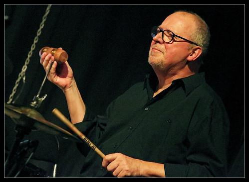 Luc Vanden Bosch (ds, perc) Johan Clement Trio featuring Deborah Carter, Jazz al'trappe 04/10/19, Centre culturel d'Ans, Belgium