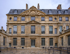 75647-Paris