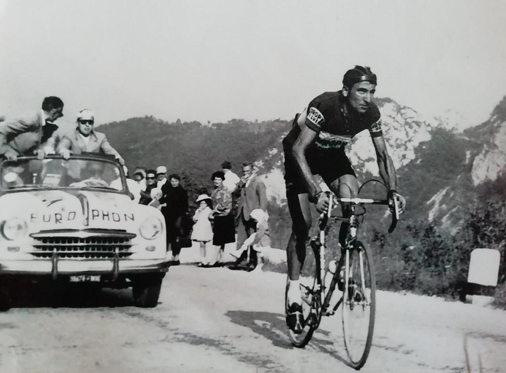 Schio-Ossario del Pasubio 1961 - Giorgio Cordioli in azione (vincitore con tempo record) - per la bella foto ringraziamo la figlia Nadia