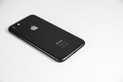 space-gray-iphone-8-818043