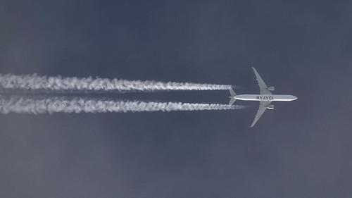 Qatar Airways / Boeing 777-3DZ(ER) / A7-BAM
