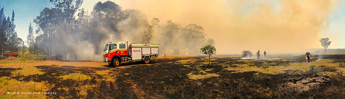 1.12pm 13th November 2019 - Kiama Fire Brigade, The Fire Front Now Under Control - Timbertops Estate, Darawank, NSW