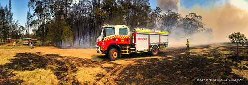 3.15pm 13th November 2019 - Kiama Fire Brigade, The Fire Front Now Under Control - Timbertops Estate, Darawank, NSW