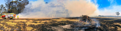 3.17pm 13th November 2019 - Kiama Fire Brigade, The Fire Front  Now Under Control - Timbertops Estate, Darawank, NSW