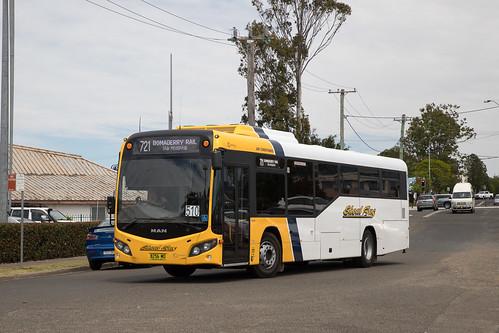 Shoal Bus 8256 MO MAN 19.320/Custom CB80 arriving at Stockland Nowra