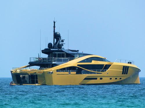 P1850529 -  KHALILAH Yacht