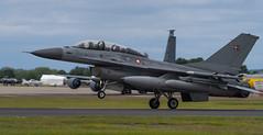 F-16B Landing