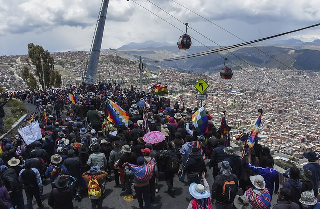 Multitudinous protests against the coup continue arriving to La Paz and the repression has already caused at least 30 deaths - Créditos: Aizar Raldez/AFP