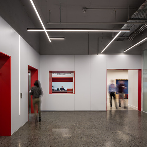 Johnson & Johnson Vision Care _ van Dijk Architects_ Limerick _ 2019 _ Circulation